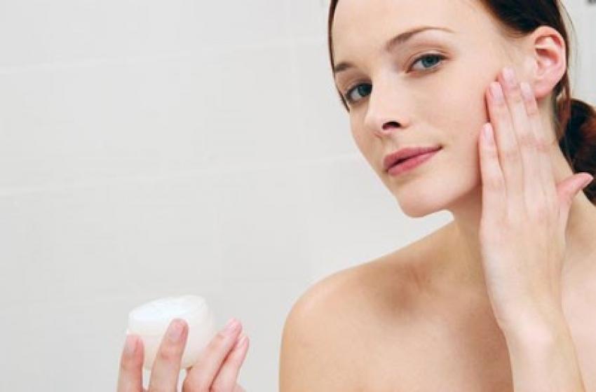 Làm thế nào để trị nám an toàn và hiệu quả cho da hỗn hợp thiên dầu