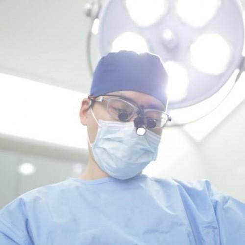 Dịch Vụ Phẫu Thuật Tạo Môi Trái Tim